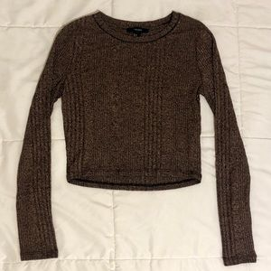 Rib Knit Long-sleeved Crop Top